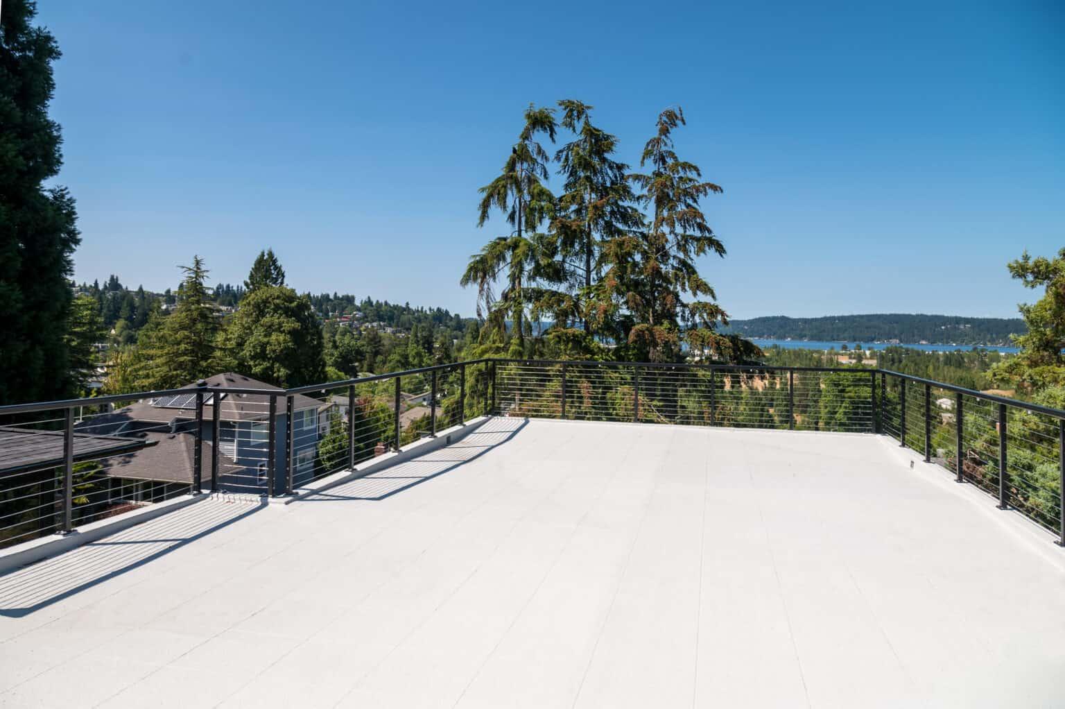 Rooftop Deck 4