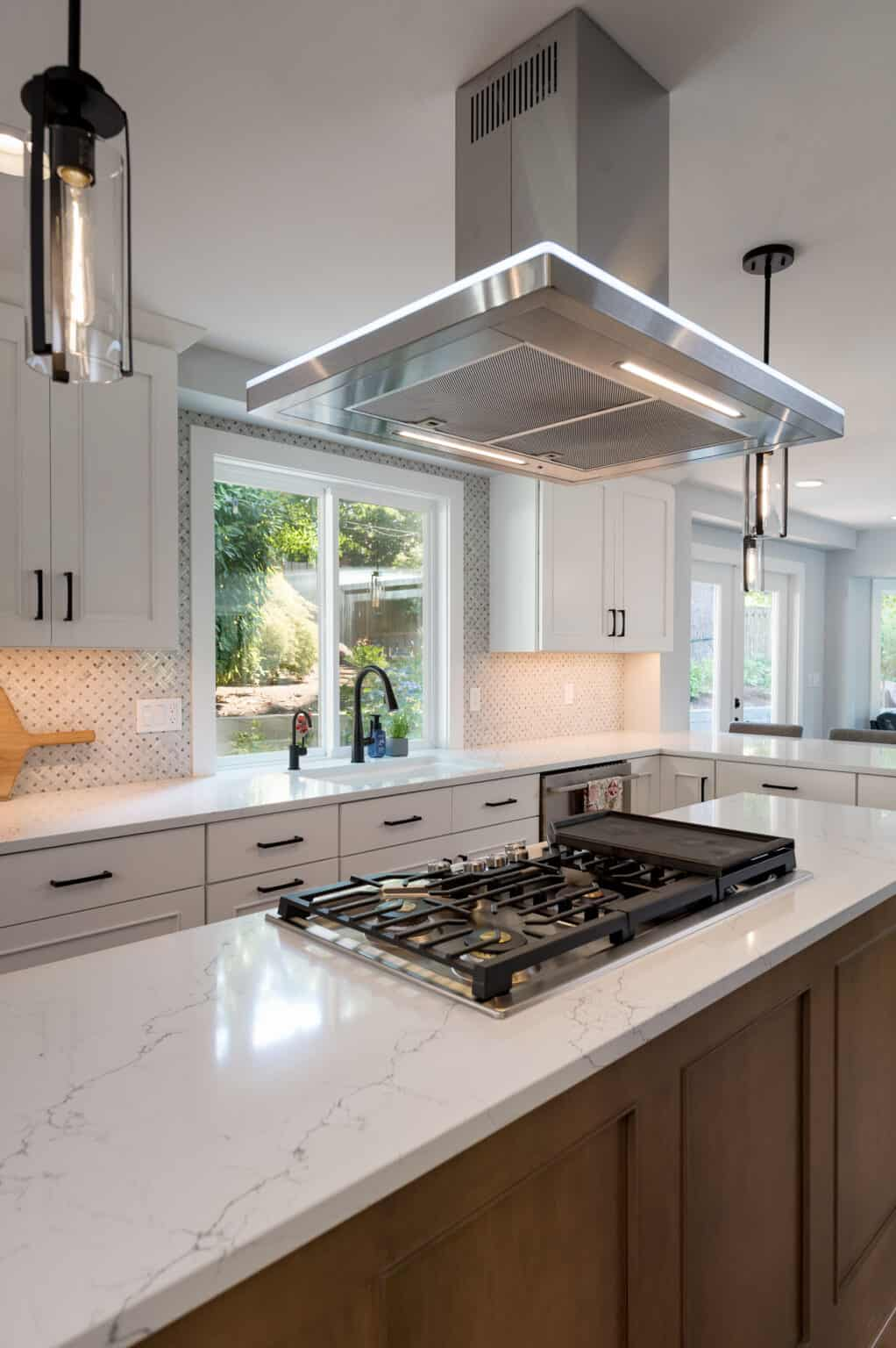 TWO TONED KITCHEN REMODEL 4